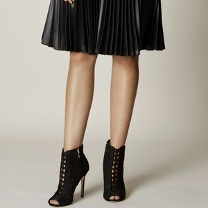 Karen Millen- Black Victorian Style Boots/Booties